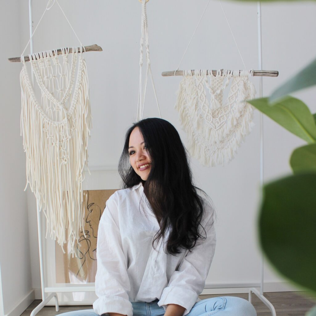 Makramee-Liebhaberin Vinh